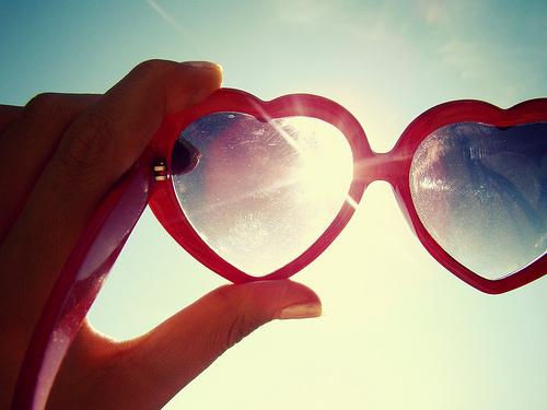 Depresszió ellen elkél a rózsaszín szemüveg
