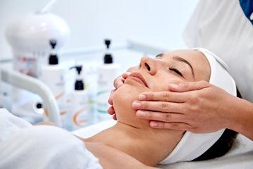 A bőrünk nem felejt, avagy a kozmetikus jelentősége