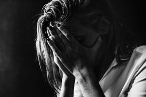 Nagyobb eséllyel lesz depressziós, aki tinédzserként fogamzásgátlót szedett