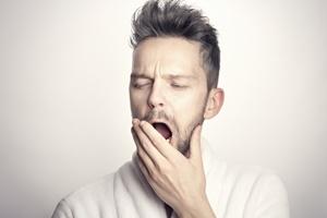 Milyen lépésekből áll az alvászavar kezelése?