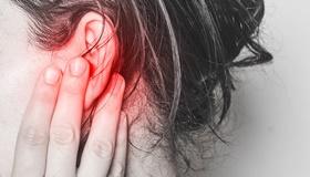 A hallójárat gyulladás okai, tünetei és kezelése